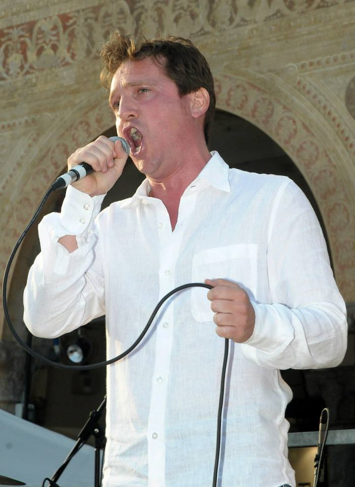 Marco Clerici canta il Nessun Dorma in Piazza Ducale a Vigevano