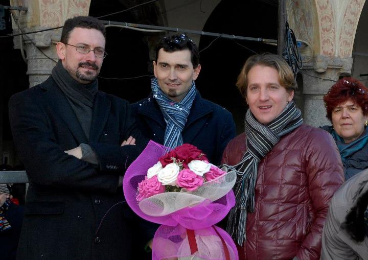 Il sindaco Andrea Sala con Don Riccardo Campari, l'assessore Brunella Avalle e Marco Clerici