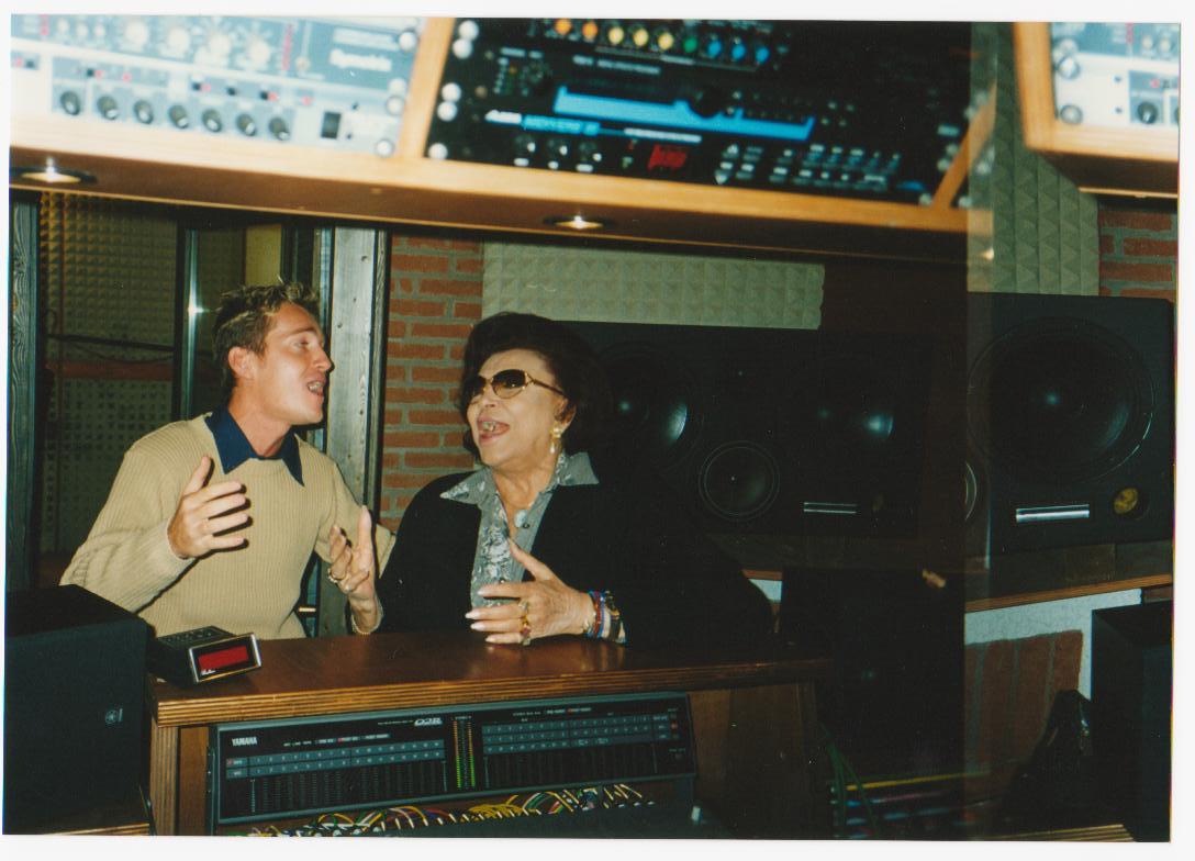 Marco Clerici in studio di registrazione con Nilla Pizzi