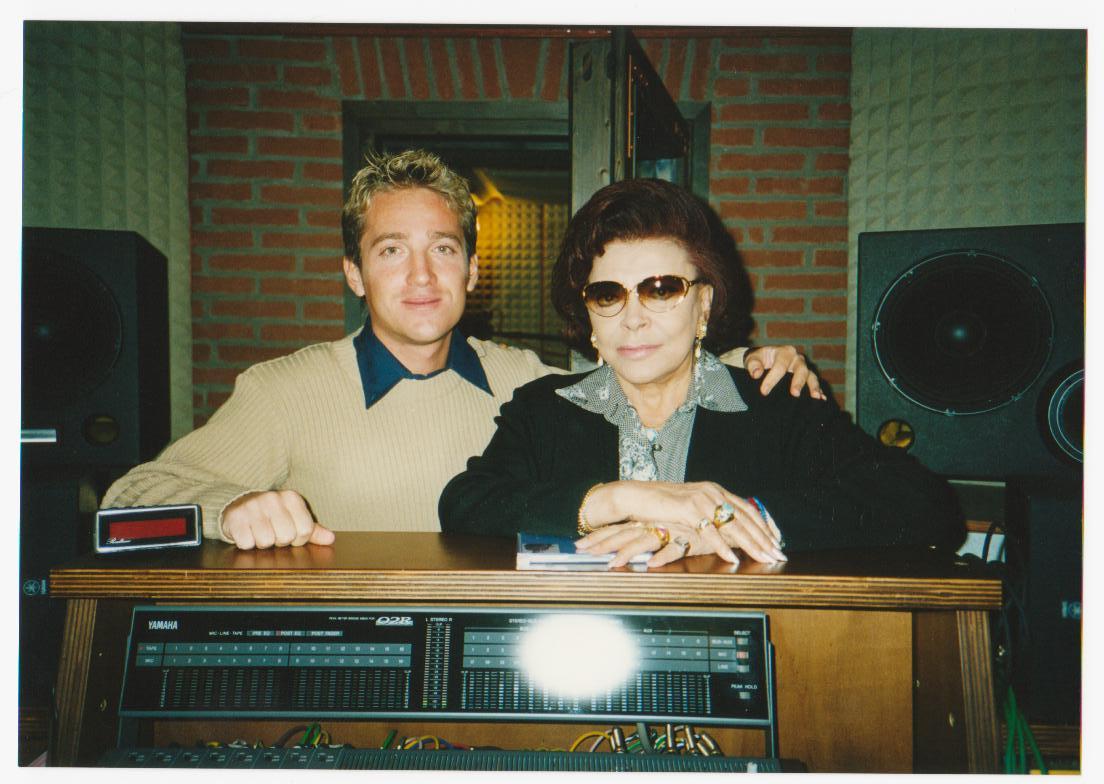 Marco Clerici in studio di registrazione con la Regina Nilla Pizzi