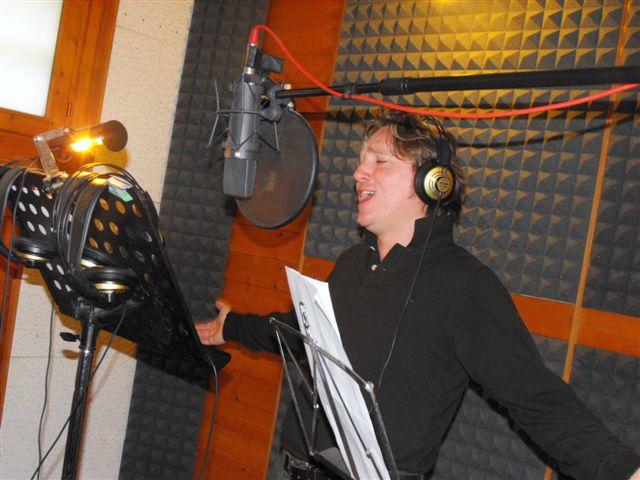 Marco Clerici in studio di registrazione