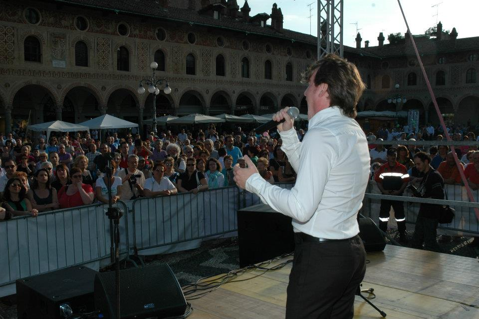 Marco Clerici canta arie